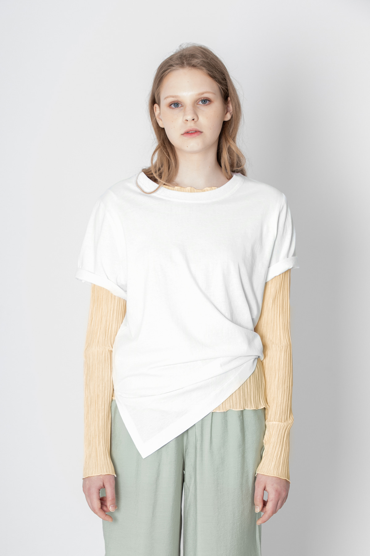 POOCION Side Slit Sliky T-Shirts (White)